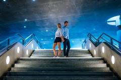Paar auf einer Treppe